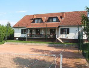 Tenisz Vendégház apartman