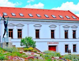 Brigadéros Vendégház profil képe - Siklós