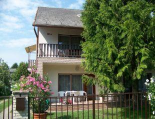 Gyöngyi Vendégház profil képe - Balatonföldvár