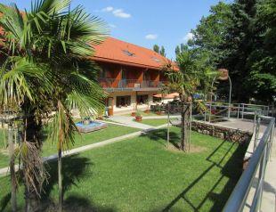 Hotel Halászkert profil képe - Badacsony