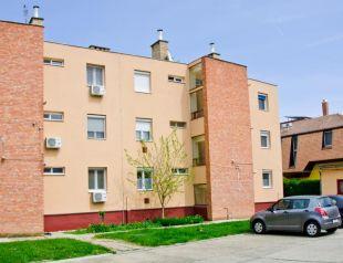 Illés Apartman profil képe - Hajdúszoboszló