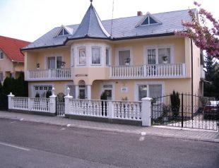 Kis Apartmanház profil képe - Hévíz