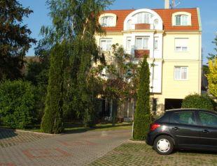 Korona Panzió profil képe - Debrecen