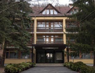 Medves Hotel profil képe - Salgótarján