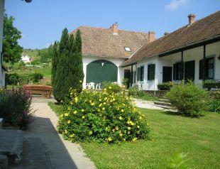 Provincia Panzió profil képe - Váralja
