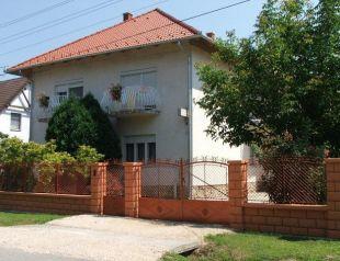 Szilvia Apartmanház profil képe - Harkány