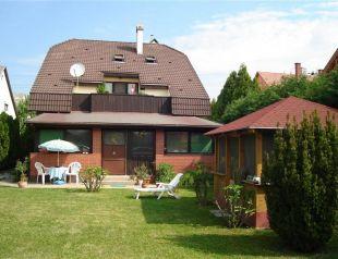 Zámor Apartman profil képe - Keszthely