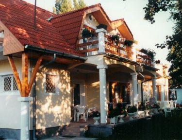 Bogdán Apartmanok profil képe - Siófok
