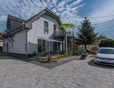 Centrum Apartmanház profil képe - Balatonboglár