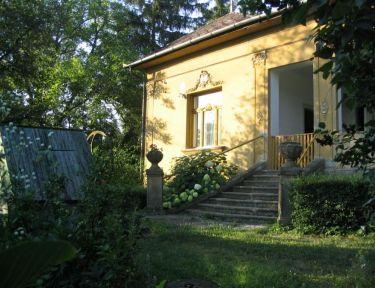 Diófáskert Vendégház profil képe - Szokolya