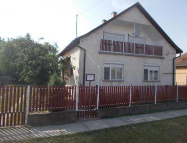 Faragó ház profil képe - Abádszalók