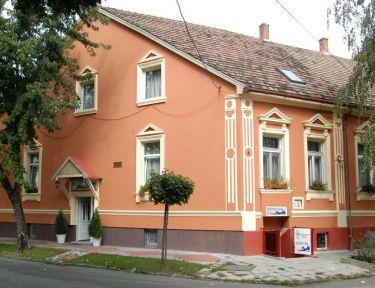 Fehér Hajó Panzió*Aqua-Fit Club profil képe - Győr