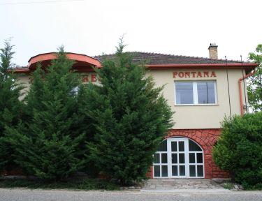 Fontana Vendégház profil képe - Tát