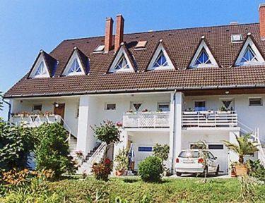 Gyöngyi Ház profil képe - Balatonföldvár