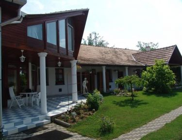 Kék Sziget Pihenőház profil képe - Abádszalók