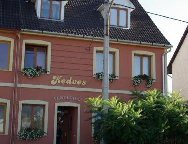 Kedves Vendégház profil képe - Eger