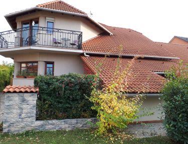 Kertvárosi Apartman profil képe - Tiszaújváros