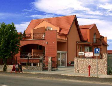 Korona Panzió profil képe - Sárvár