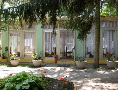 Liget Turistaszálló profil képe - Sóstófürdő