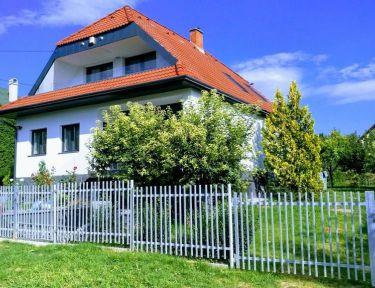 Margit Apartmanház profil képe - Zánka