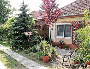 Nika Apartman profil képe - Balatonszemes