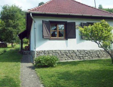 Orgona ház profil képe - Szécsény