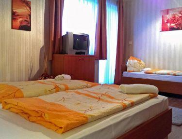 Sárga Apartmanház profil képe - Balatonfüred