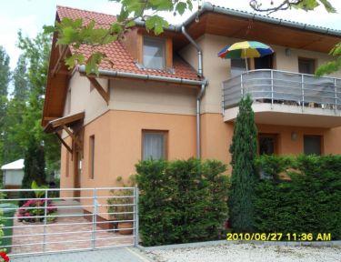 Steiner Villa profil képe - Balatonboglár