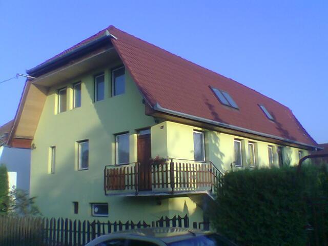 Apartmanház Fenyves-Balatonfenyves