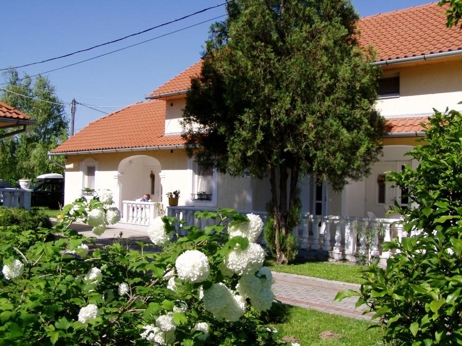 Apartmanház Mediterrán-Harkány