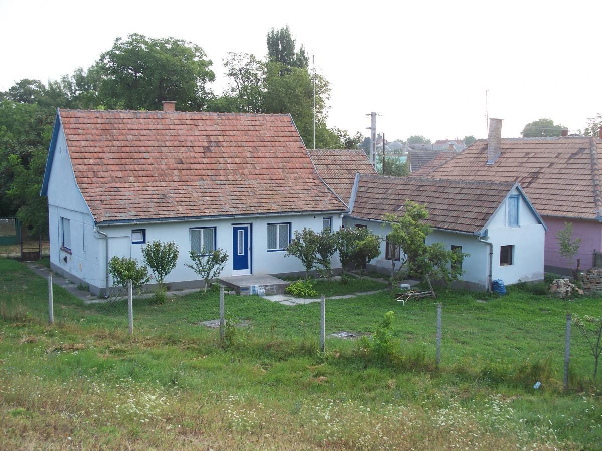 Kék Ház-Uszód