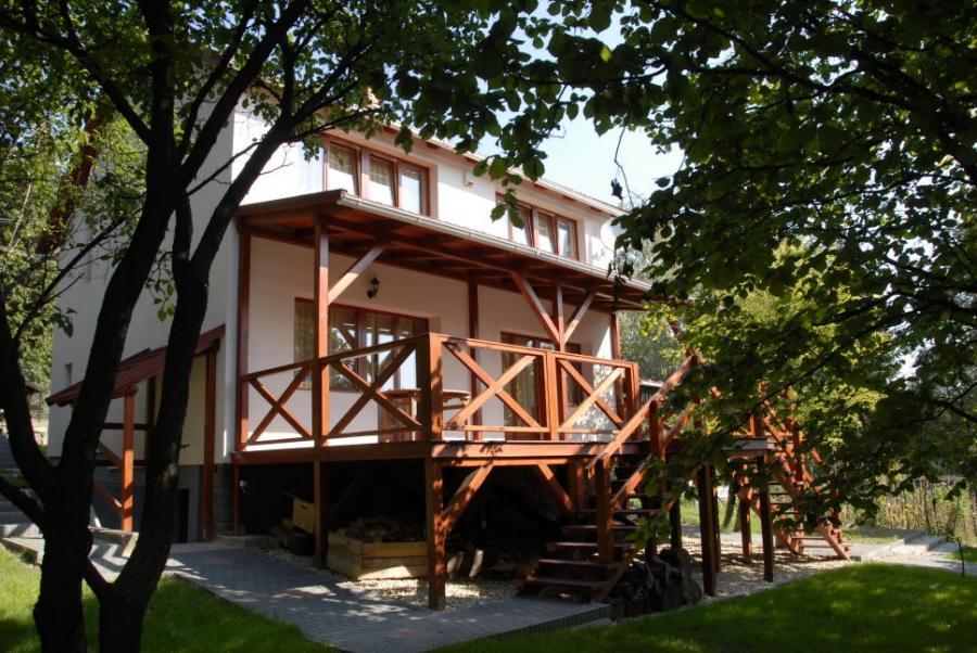 Vörösfenyő Apartmanház-Salgótarján-Salgóbánya