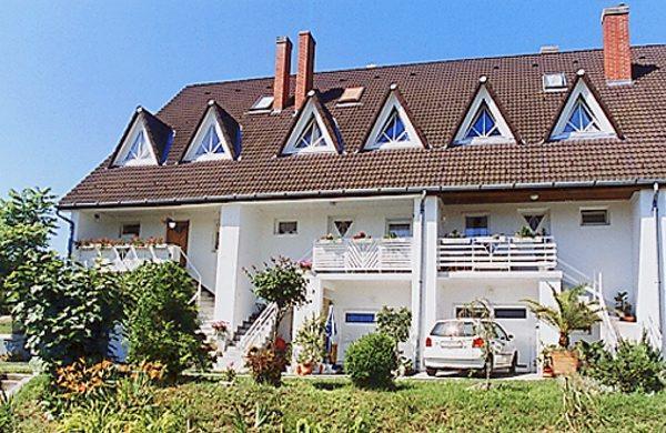 Gyöngyi Ház-Balatonföldvár